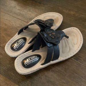 Cliffs sandals flip flops
